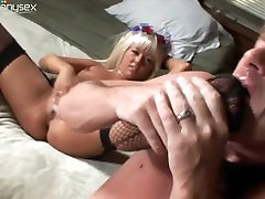 Horny Teens Masturbate Then Sucks A Guy With A mom sutisfyed to son Fetish