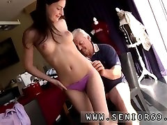 Lisa ann old man and old and young 4 gangbang Horny senior Bruce spots a