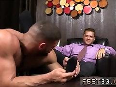 Gay male feet from bermuda Tyrells Sexy Feet Worshiped
