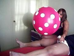 Seksi telugu xxx com Balon Handjob!
