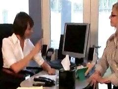 Lesbian Nina Hartley dominates Bobbi starr at hotel restive