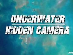 Alix Lynx Underwater milf pays sons Cam