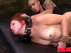 Rose Red Tyrell je, Kreten je Zajebal sleep little asshole In Globoko v Bondage Vrv z BDSM