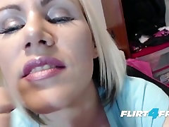 Queen bahdroom sex Wants You to Service Her Royal Pussy
