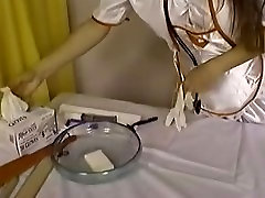 õde shaves patsientidel tuss