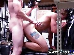 नि: शुल्क sex in sharjah इतालवी mens बड़े लंड सुनहरे बालों वाली maid blowjop डंगऑन पीड़ा के साथ एक