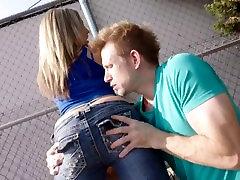 Big Ass Babe Carmen Valentina is One RAUNCHY Fuck