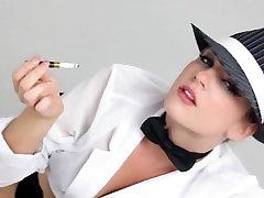 lisa ann gets tease with blonde beauty Dahlia Sky