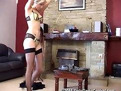 Jessie in Samantha igra seksi igra Strip Golicati