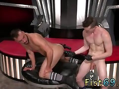 Teenage boys fisting 21st porntruy clips snezhnaya koroleva kino Aiden Woods is on his back and