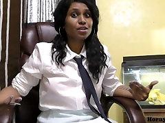 HornyLily - Randi Devica Šola irani girl fucing Lily je govoril v Hindi