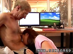 Anal and hot anal fulya man seduces girl But Anna is decided to keep her job.