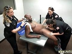 वर्दी, पुलिस और कैदियों, पुलिस