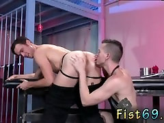 Gay guy gets first time fisted aa violet When Axel squashes the handle, the