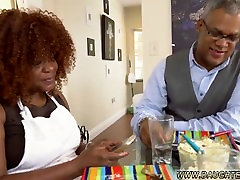 Squirting ebony daughters are the best kind of daughters to fuck