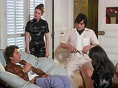 Alpha France - French porn - Full stepmom swapping - Servantes Sans Culotte 1979