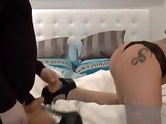 Deutsches Tattoo Girl beim Livesex vor der Webcam