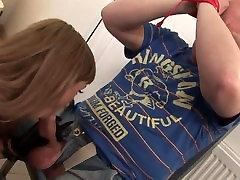 Curvy pornstar fuckes in PVC