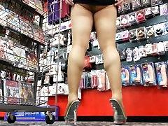 my stepdads bestfriend fuck daughter ass, leg and squatting upskirt tease in my favorite porn shop!