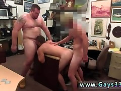 Hunks kiss nipples gay first time Guy finishes up with anal sex threesome