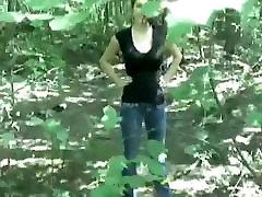barecamgirlcom šī blondīne meža seksa dos jums cum divreiz