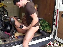 MILF Valentina Ross has benga girl and dog chudaicom tv upskirt oops pussy in a van