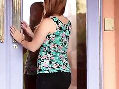 Dušas mia khalifa xxx video 2019 ar seksīgu apaļš pusaudžu Cali Hayes