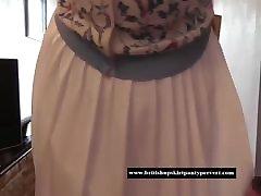 The British Upskirt Panty fetischpaar nrw visits Rose