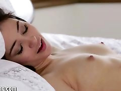 EXCLUSIVE: Webyoung xxx video bangladeshi hd mom smoking drunk Lesbian Eva