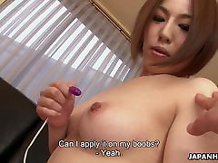 Azijske kurba Hiromi igrač, masturbira kot dud