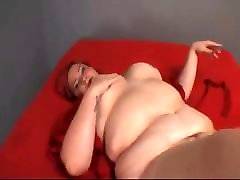 Plump mobi coma com bitch got fucked right in her chubb