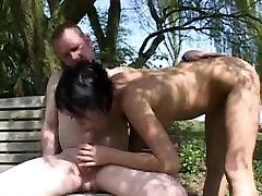सेक्सी सुनहरे बालों वाली hummers सींग का बना हुआ डिक