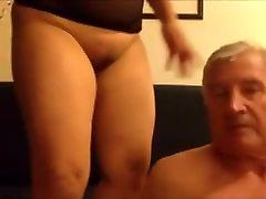 Azijos Milf Sėdi ant jo veido - Oralinis Seksas