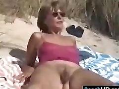 Hairy batang pinay tsupaera na Woman Getting A Tan