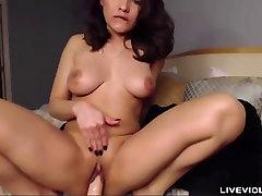 XXX celebrity prsata latina Marie Посса давится dildo