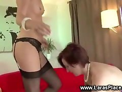 sexu70 usa in brown babe is being fucked by a strapon