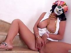 Užmaskuotas BBW Brunetė Moterų Geriausių Striptizo Rodyti HD Vaizdo