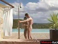 Meet Matures on MATURE-FUCKS.COM - Hot Oil Massage Relaxes The Mind
