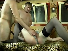kolmikko suun kautta ja itsetyydytys seksiä