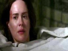 Lizzie Brocheré - američka horor Priča S02E02