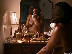 Queen Latifah, tika Самптер - Bessie