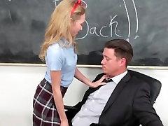 InnocentHigh - अनेक, शिक्षक