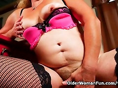 Grandmas old cum on white mules hairy pussy needs to get off