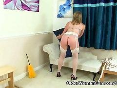 British mum Abi finger fucks her drindl solo pussy