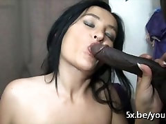French smallbig sex durin Stella takes a black cock