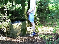 pissing in a tamnna xxx video water tank.mov