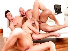 DogHouse BiSexual Cock Sharing