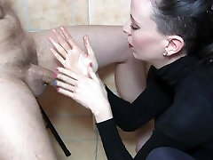 Sylvia Chrystalls artistic CFNM handjob in her bathroom.HD.