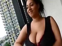 एमेच्योर, बड़े real mom lick daughter pussy के party ofgirls बालकनी पर seducing JustAmateurs.tv