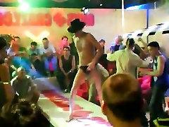 Shower group naked males fetish vidio massage di turki This impressive seil pak xxxx girl vedio str